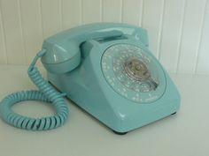 NICE Vintage AQUA Rotary Dial Desk Phone Telephone, Automatic Electric - Vintage Home Decor