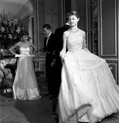 @mkk68 sur Instagram : Young Brigitte Bardot. Photo : Robert Doisneau, Vogue 1950.