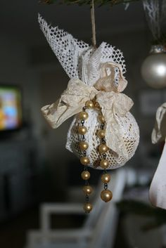 shabby chic christmas decoration