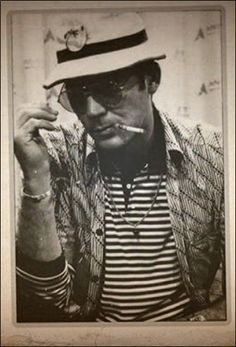 Hunter S. Hunter S Thompson, Fear And Loathing, Carl Sagan, Magazine Articles, Writing Styles, Journalism, Pretty Cool, Rolling Stones, Newspaper