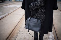 outfit hermes bolide fashion blogger leather leggings