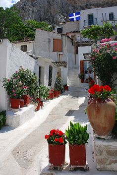 Anafiotika is a scenic tiny neighborhood of Athens, part of old historical neighborhood called Plaka. It lies in northneast side of the Acropolis hill.