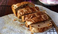 You're going to LOVE this Grain and Gluten Free Raisin Bread! Perfect for a whole week of tasty as brekkies! The time is now for paleo raisin bread!