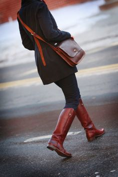 Hand Stitched Leather Messenger Bag Meduim by millandbird