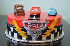 Cars, lightening McQueen cake