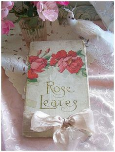 book, romantic, and shabby chic image Vintage Book Covers, Vintage Books, Romantic Roses, Beautiful Roses, Rose House, Rosalie, Rose Illustration, Book Flowers, Little Rose