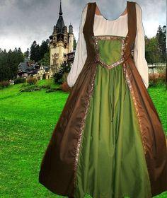 Renaissance Medieval Gown SCA Garb Merchant Class 2pc Bi-Lacing Bodice Drawstring LXL. $64.00, via Etsy.