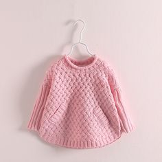 Knitting For Kids, Baby Knitting Patterns, Baby Sweaters, Girls Sweaters, Crochet Baby, Knit Crochet, Kids Outfits Girls, Baby Cardigan, Clothes
