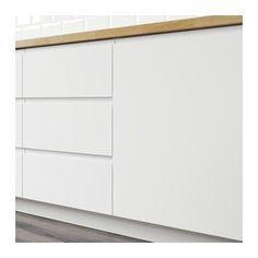 VOXTORP Door IKEA VOXTORP is a smooth, matt door with integrated handles. It brings clean lines and an open, modern look to your kitchen. Condo Kitchen, Home Decor Kitchen, Kitchen And Bath, Kitchen Remodel, Kitchen Ideas, Ikea Kitchen Cabinets, Kitchen Cabinet Doors, Open Concept Kitchen, Kitchen Layout