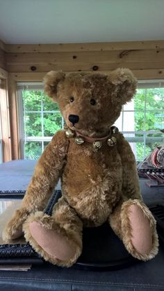 "Beautiful Kathleen Wallace Stier Bear 38"" Gold Mohair"