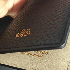 Perfect clean details  #serapaktug #serapaktugleathergoods #details #cardholder #perfect #leathergoods #luxury #lifestyle #unisex #accessories #style #kartlık #lüks #deri #aksesuarlar