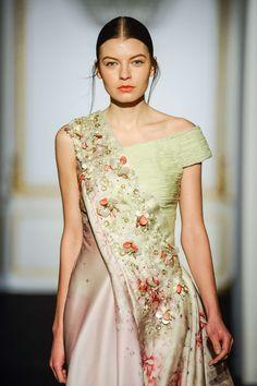 Dany Atrache Printemps/Eté 2015, Haute Couture - Défilés (#20738)