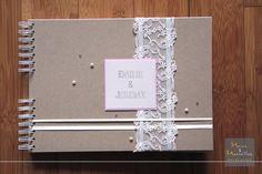 Livre d'or mariage vintage craft, rose, dentelle http://www.mainsetmerveillesdeco.fr/