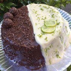 A Receita de Bolo Duo de Limão com Chocolate é fácil de fazer, deliciosa e fica um espetáculo. Você só precisa fazer um bolo de chocolate simples e depois