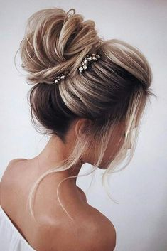 31 Drop-Dead Wedding Hairstyles for all Brides - high loose bun wedding updo ha. - 31 Drop-Dead Wedding Hairstyles for all Brides – high loose bun wedding updo hairstyles – - Medium Hair Styles, Short Hair Styles, Ponytail Styles, Hair Styles For Formal, Prom Hair Styles, Hair Styles For Wedding, Bun Styles, Hair Jewels, Christmas Hairstyles