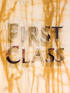 """Singapore Airlines First Class: The Private Room - -""""sell a million records, sell a milliono more; first-class treat you like a n - - - -'s po. Luxury Lifestyle Women, Rich Lifestyle, Wealthy Lifestyle, Lifestyle News, Billionaire Lifestyle, Thing 1, Glamour, First Class, Karen"""