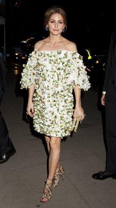 Pin for Later: Best Dressed: Die schönsten Looks der ganzen Woche Olivia Palermo in Marchesa Auch Olivia Palermo scheint ein Fan von floralen Appliqués.