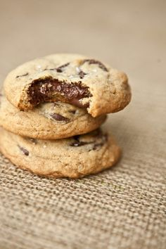 The ultimate chocolate chip cookie—a great lunch box snack!