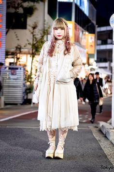 Harajuku Layered Vintage Style w/ Lace Bomber, Freaks Circus, Grimoire & Tokyo Bopper (Tokyo Fashion, 2015)