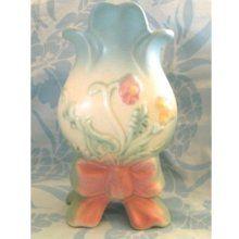 """Hull Pottery """"Bow Knot"""" Vase"""