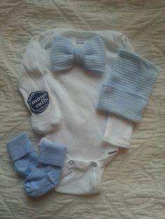 Newborn Boy Bow-tie onesie with matching hat and sock set.  Blue & White Striped Bow-tie.  Newborn Boy Gift Set.  Newborn hospital beanie