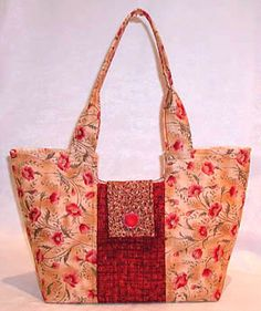 Gracie Handbag Pattern + Free Video Tutorial. Very clear instuctions.  She has other patterns for bags and totes too!