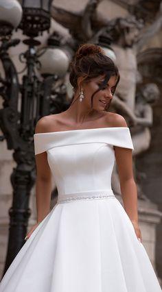 Cream Wedding Dresses, Wedding Dress Trends, Perfect Wedding Dress, Bridal Dresses, Wedding Ideas, Tulle Wedding, Best Wedding Dresses, Dresses Dresses, Wedding Themes