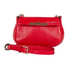 •E N I H O R N LOOKBOOK SS'17• No, it's not the same #bag that that I've just been posting! This little miracle is the MINIMINI❣️ . . . . #girlpower #designer #hungarian #fashion #red #leatherbag #ss2017 #springsummer #shiny #handbag