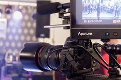 Videoclipuri Fotograf Nunta Bucuresti, servicii foto video nunta, botez cu un raport calitate pret excelent. Fotografie si filmare profesionala Full HD.
