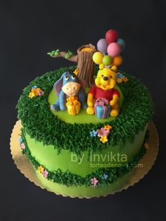 Winnie the Pooh birthday cake tree — Children's Birthday Cakes via cake ce. Winnie the P Winnie Pooh Torte, Winnie The Pooh Birthday, Winne The Pooh, Friends Cake, Disney Cakes, Novelty Cakes, Occasion Cakes, Cute Cakes, Creative Cakes