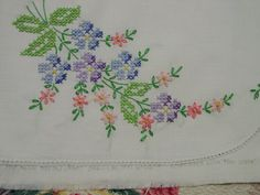 Lovely Pair Vintage Pillowcases Embroidered by auntnonniesnest