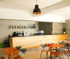 Restauramos e modernizamos uma tasca preservando o equilíbrio entre tradição e modernidade. #tasca #bar #restaurante