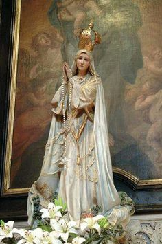 Catholic Prayers, Catholic Art, Religious Art, Jesus Son Of God, Mary And Jesus, Blessed Mother Mary, Blessed Virgin Mary, Holly Pictures, Religion