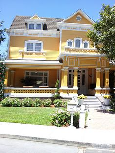 Wisteria Lane - Universal Hollywood, CA