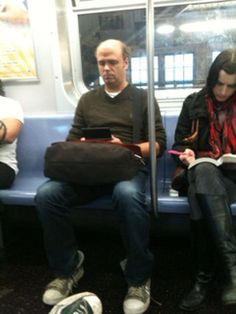 Pete from 30 Rock on the subway (off Celebrities on the Subway)