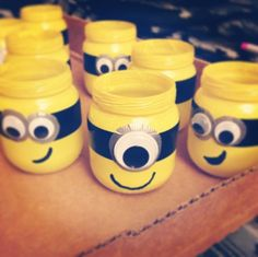Minions!! -baby food jars -spray paint -electrical tape -duct tape -googly eyes #minions #birthdayideas