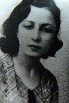 Prof. Dr. Remziye Hisar, kadın kimya profesörümüz. (1902-1992)