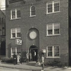 Today we throw it back to students outside Post Junior College in downtown Waterbury in 1962! #Post125 #tbt
