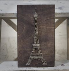 How to DIY Eiffel tower: Create interior painting in the style of string art