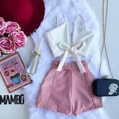 Become A Fashionista With These Fashion Tips Simple Outfits, Classy Outfits, Pretty Outfits, Beautiful Outfits, Casual Outfits, Cute Outfits, Casual Dresses, Crop Top Outfits, Short Outfits