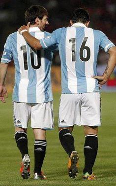 Crack + Crack  Messi + Agüero