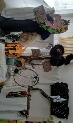 Halloween Party, Witch, Party Ideas, Wreaths, Decor, Decorating, Door Wreaths, Fete Ideas, Witches