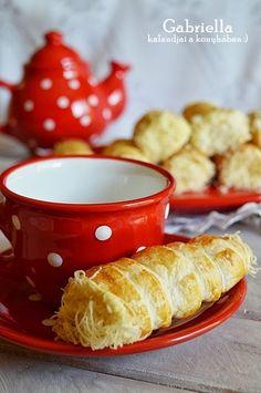 Sajtos roló Menu, Pudding, Pasta, Christmas, Menu Board Design, Xmas, Custard Pudding, Puddings, Navidad