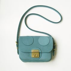 Turqouise dotted leather bag ny LaLisette via DaWanda.com