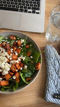 Healthy Snacks, Healthy Eating, Healthy Recipes, Food Goals, Food Is Fuel, Aesthetic Food, Food Cravings, Food Inspiration, Love Food