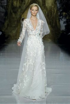 elie-saab-wedding-dress-2014-the most breathtaking wedding dresses elegance and style bridal-1__full