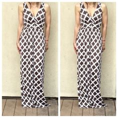 Beautiful maxi dress ONE HOUR SALE Olive and white abstract print long maxi dress PLEASE USE Poshmark new option you can purchase and it will give you the option to pick the size you want ( all sizes are available) BUNDLE And SAVE 10% ( sizes updated daily ) Dresses Maxi