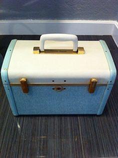 Antique Vintage Samsonite Ultralite Luggage Train Makeup Case Blue/White Euc #Samsonite