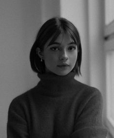 Discover recipes, home ideas, style inspiration and other ideas to try. Short Bangs, Short Hair Cuts, Short Hair Styles, Short Brown Hair, Short Straight Hair, Hair Inspo, Hair Inspiration, Peinados Pin Up, Anime Hair