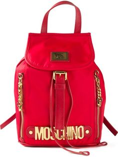 Comprar Moschino mochila con logo en placa en Profile from the world's best independent boutiques at farfetch.com. Shop 300 boutiques at one address.